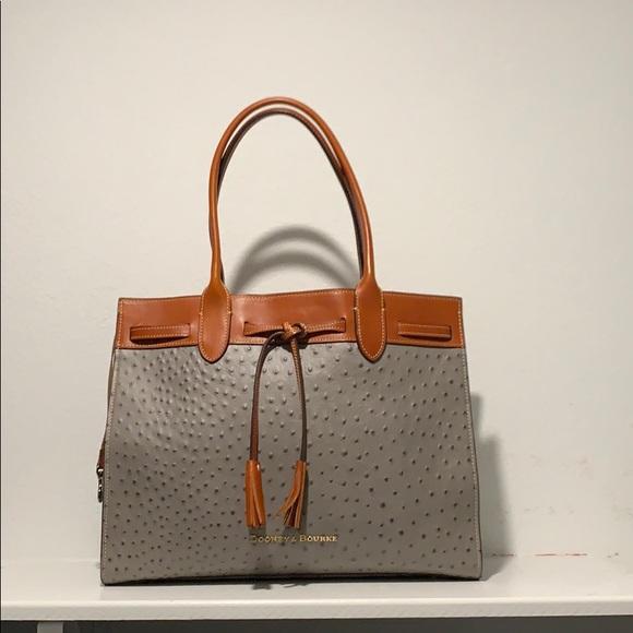 Dooney & Bourke Handbags - Dooney & Bourne Ariel Tote W/ matching wallet